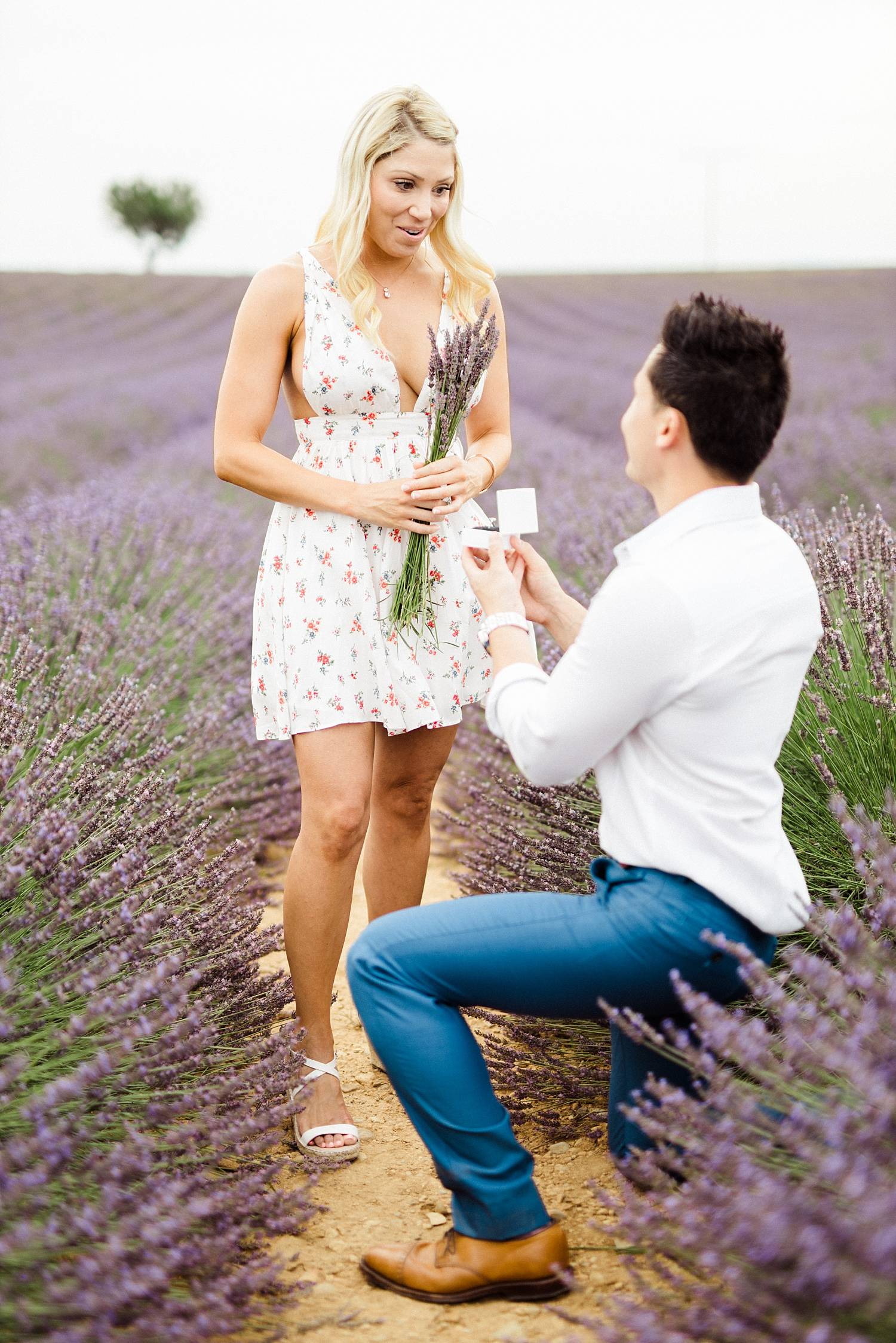 seance-couple-engagement-aix-provence-lavande