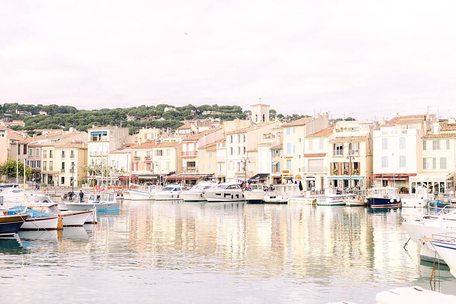photographe-couple-provence-port-cassis